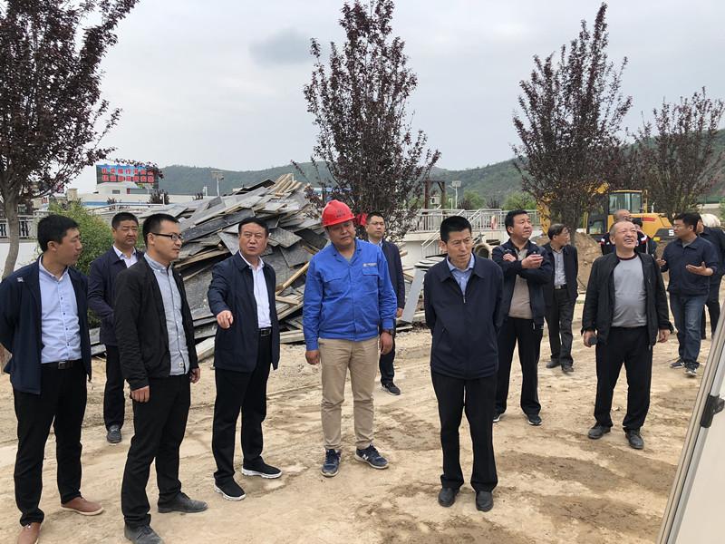 延安市政协副主席申延生到水环境公司安塞区水环境领域综合治理项目调研